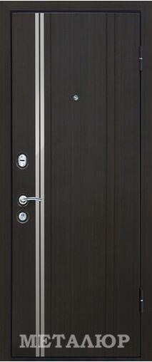 Входная дверь М2